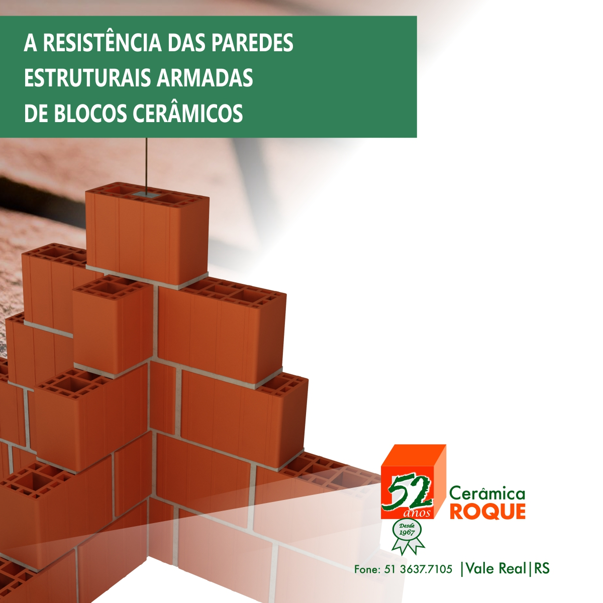 A resistência das paredes estruturais armadas de blocos cerâmicos na compressão simples. Comparações de resultados experimentais e teóricos.
